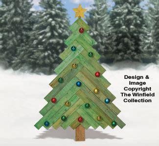 christmas pallet wood pine tree pattern