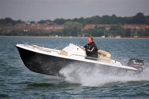 catamaran boat advantages twin hulled powerboats advantages of power catamarans