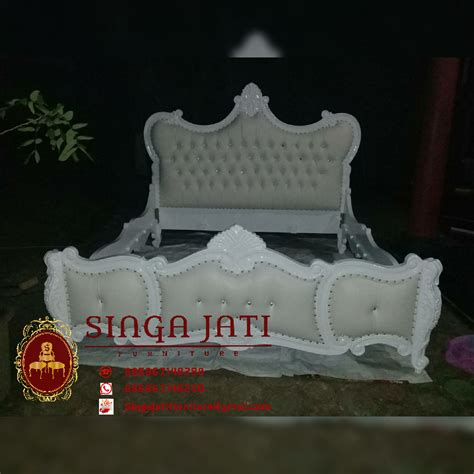Tempat Tidur Minimalis Warna Putih tempat tidur racoco minimalis mewah warna putih