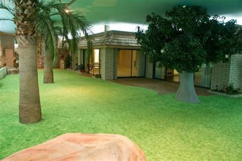 nuclear fallout shelter     luxurious