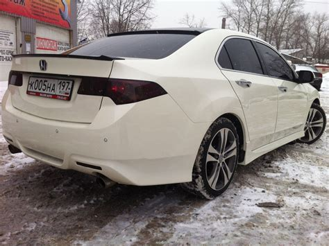 2009 acura tl with black roof wrap does anyone an unattached roof spoiler acurazine