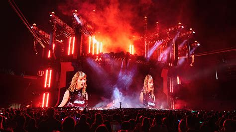 taylor swift concert years taylor swift concert reviewed by 8 year old girl