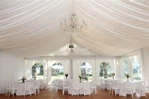 Drapes For Wedding Decoration Les Tentures Pour D 233 Corer Votre Salle De Mariage