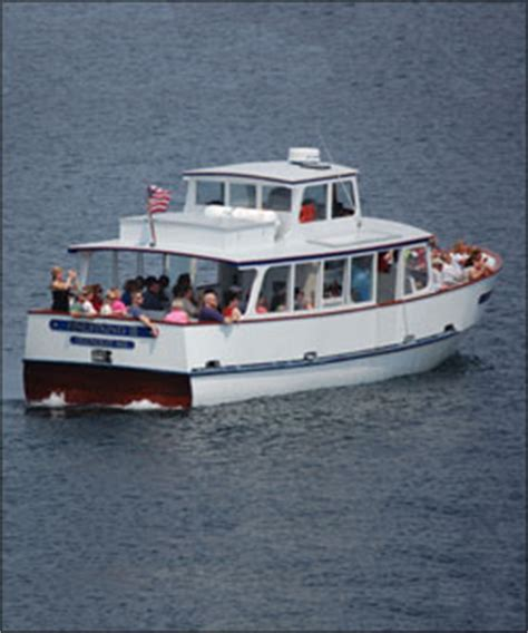 lobster boat tour ogunquit scenic boat cruises out of ogunquit aboard the finestkind