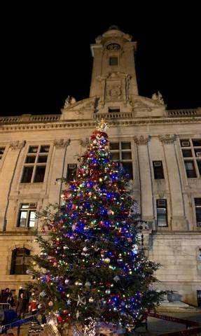 christmas trees jersey city city tree sparkles brightly thanks to paterson children tapinto