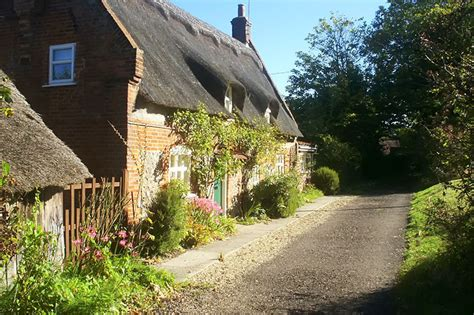 Cottages Broad by South Walsham Broad Broadsnet