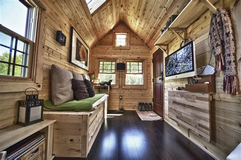 wonderful shipping container home interior with pallet
