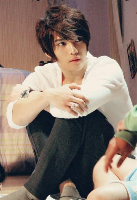gambar korea lelaki potongan rambut lelaki korea gambar style rambut terkini