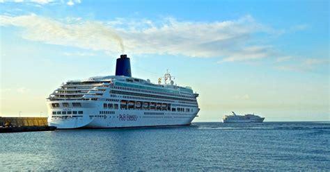 cruise ship swinging la gomera island canary islands cruise ship season in