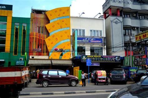 airasia garuda plaza medan garuda plaza hotel medan indonesi 235 foto s reviews en