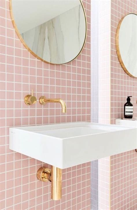 pink tile bathroom ideas 25 best ideas about pink bathroom tiles on