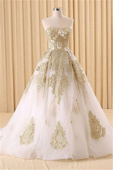 White Vintage Wedding Dresses by Vintage Swwetheart Gold Lace Gown Wedding Dress White