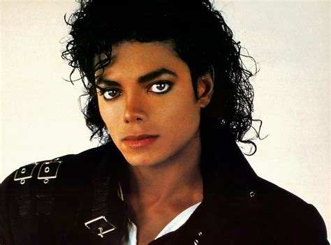 biography of michael jackson wikipedia image photo michael jackson a gagne 150 millions de