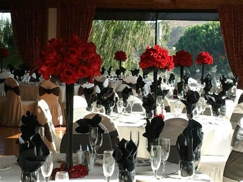 28 Quot Eiffel Tower Vase With Red Rose Ball 2nd Centerpiece Black Vases For Wedding Centerpieces