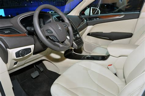 Lincoln Mkc 2015 Interior by Luxury Suvs 2015 Autos Post