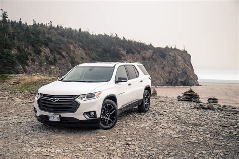 2018 chevrolet traverse redline first drive 2018 chevrolet traverse canadian auto review