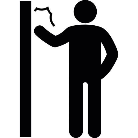 imagenes animadas tocando la puerta hombre tocando la puerta iconos gratis de personas