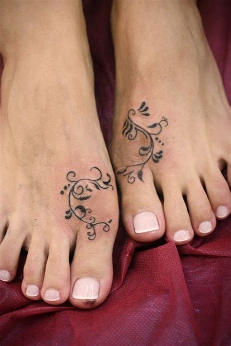 simple anklet tattoo design interesting simple painted foot tattoo tattoos