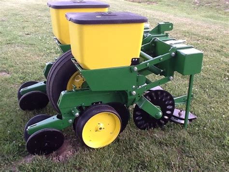 john deere 7100 two row planter ebay