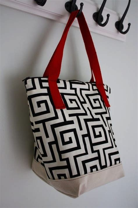Beautiful Jack And Jill Bathroom Plans #6: Washable-lunch-tote.jpg