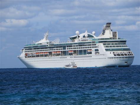 Walmart Loveseat Sleeper Enchantment Of The Seas Cruises 28 Images 3 Day