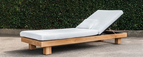 daybed lounger chaise alura chaise lounger teak stellar couture outdoor