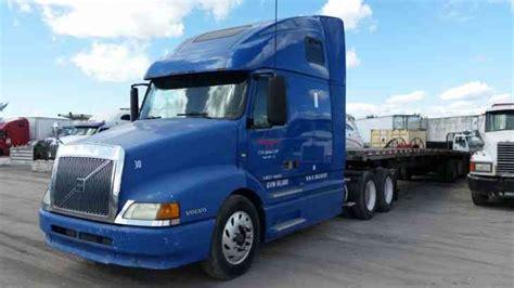 volvo truck 2003 volvo vnl 2003 sleeper semi trucks