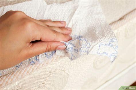 blutfleck matratze blutflecken aus einer matratze entfernen wikihow