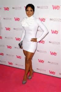 tony braxton bridesmaid toni braxton short hair toni braxton white tight dress