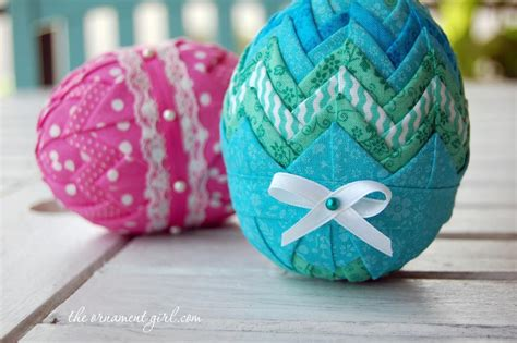 how to make easter eggs hop to it fun easter quilting patterns and projects