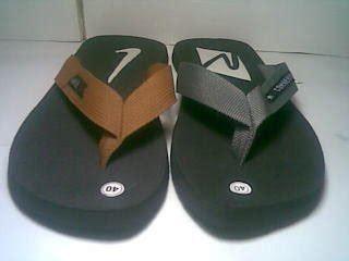 Sandal Jepit Spon Pompom Coklat sandal sepatu fashionable murah sandal jepit spon pria