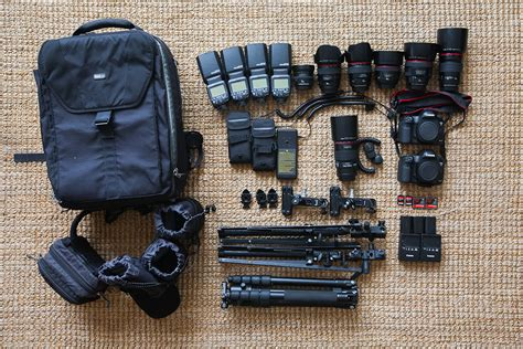 gear  wedding photographers dreamtime images