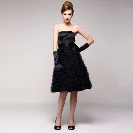 Si Dress Agnes 15 rochii pentru revelion black dress by agnes toma