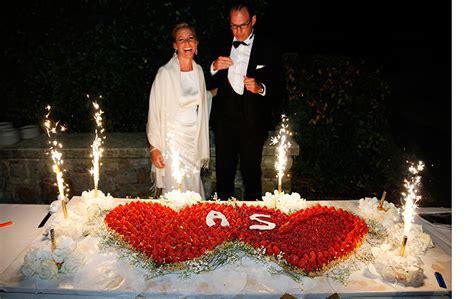 3 Stöckige Hochzeitstorte by Hochzeit Hochzeitstorte Mehrst 246 Ckige интерет аптека