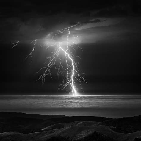 electrical storm photo of the week netmascots