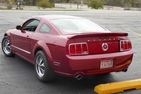 ford mustang retro 2005 ford mustang modified retro pony v6 coupe stock