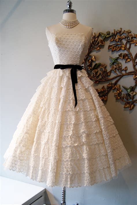 vintage wedding dress bridal gown inspiration from etsy - Vintage 1950s Wedding Dresses