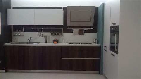 altezza piastrelle cucina stunning altezza piastrelle cucina gallery ideas