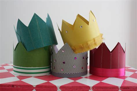 Make Paper Crown - enjoy it by elise blaha cripe paper crown