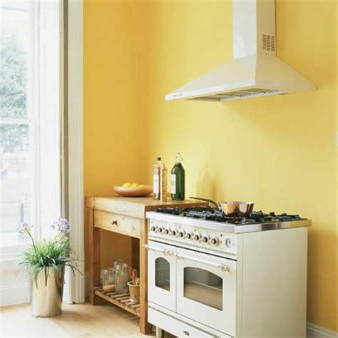 gelbe welche wandfarbe coole k 252 chen wandfarbe gelb orange und rot