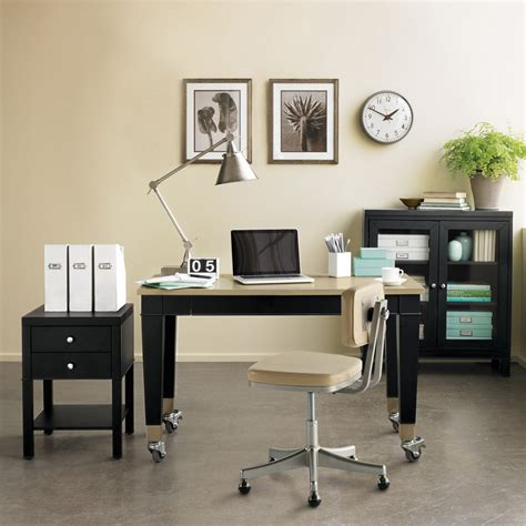 4 amazingly efficient space saving desk ideas