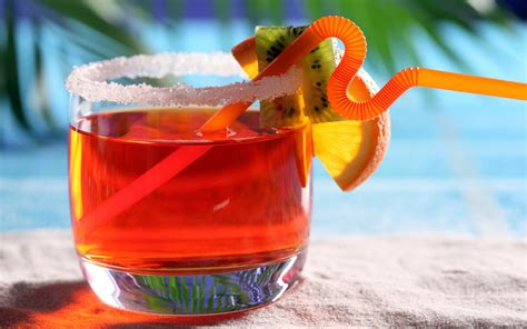 red cocktails red summer drink wallpaper hd wallpaper wallpaperlepi