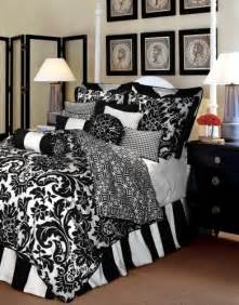 Comforter Sets Black And White Black And White Bedding Comforter Sets Webnuggetz