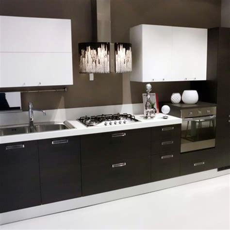 cucina fuxia cucine grigio e fuxia duylinh for