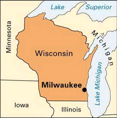 milwaukee wisconsin map milwaukee location encyclopedia children s