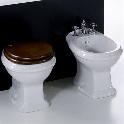 sanitari bagno classici sanitari da bagno classici simas arcade con sedile copriwc