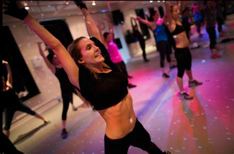 anna kaiser diet plan what s her secret anna kaiser health diet fitness