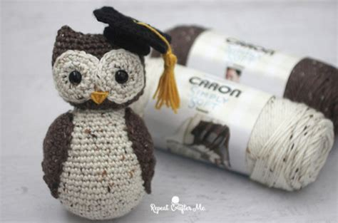 free crochet pattern amigurumi graduation owl adorable crochet wise old owl with graduation cap free