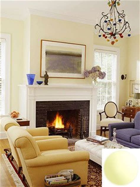 light yellow living room best 25 yellow living room paint ideas on pinterest
