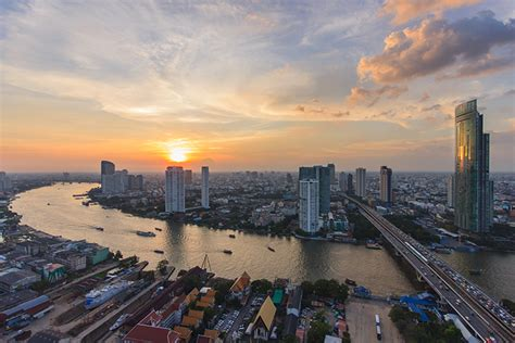 reasons  bangkok    city  visit